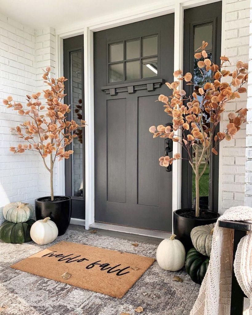 In 12 2 #Fall #Porch #FallPorch #FallDecor #HomeDecor #AutumnDecor