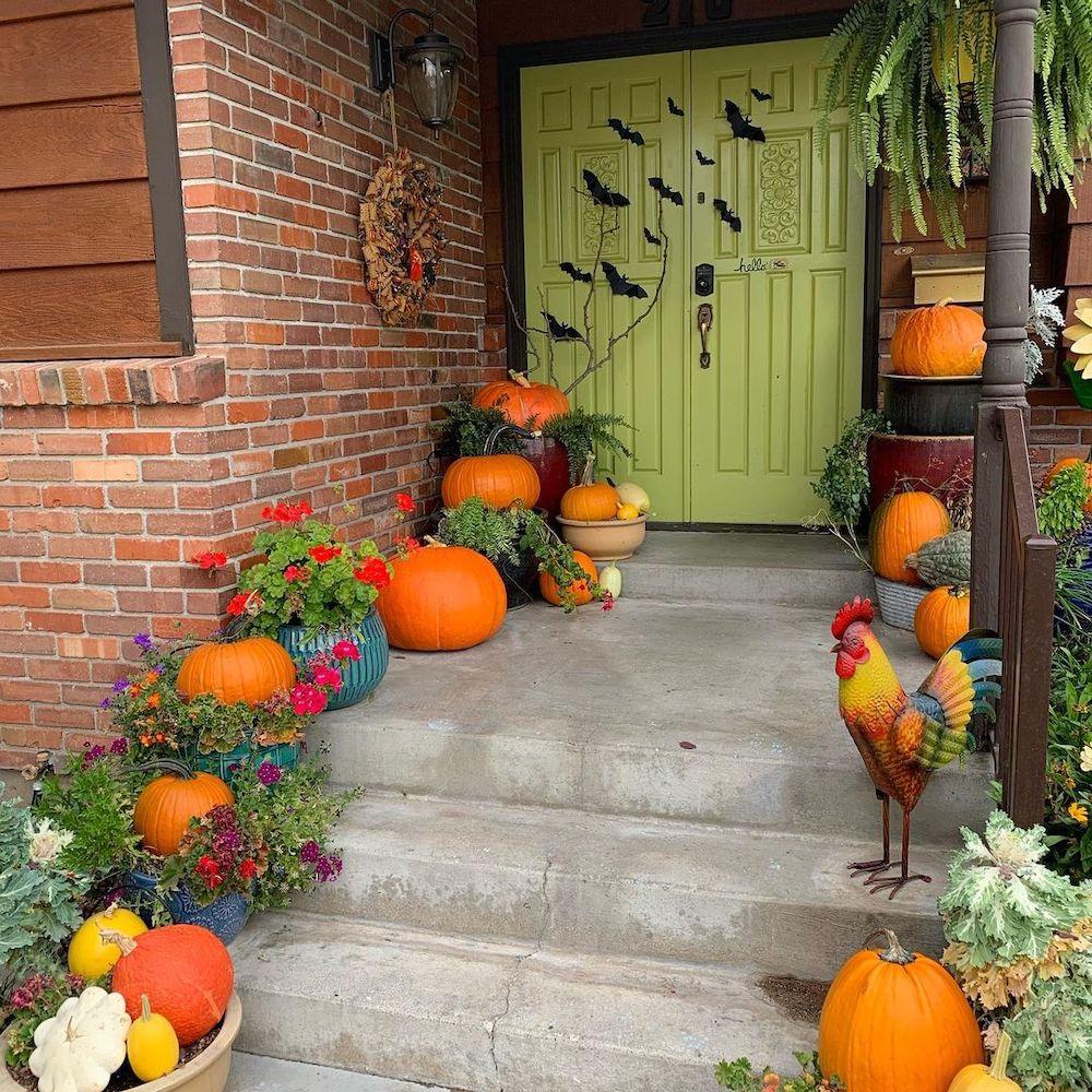 In 19 1 #Fall #Porch #FallPorch #FallDecor #HomeDecor #AutumnDecor