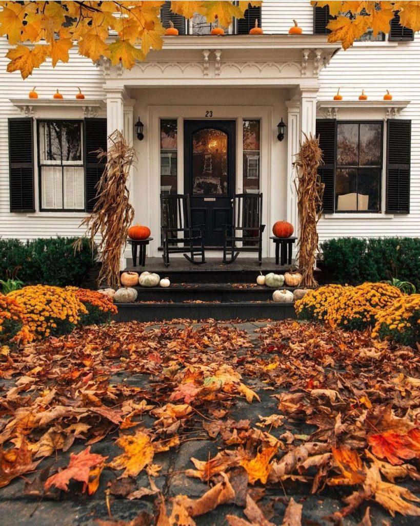In 22 #Fall #Porch #FallPorch #FallDecor #HomeDecor #AutumnDecor