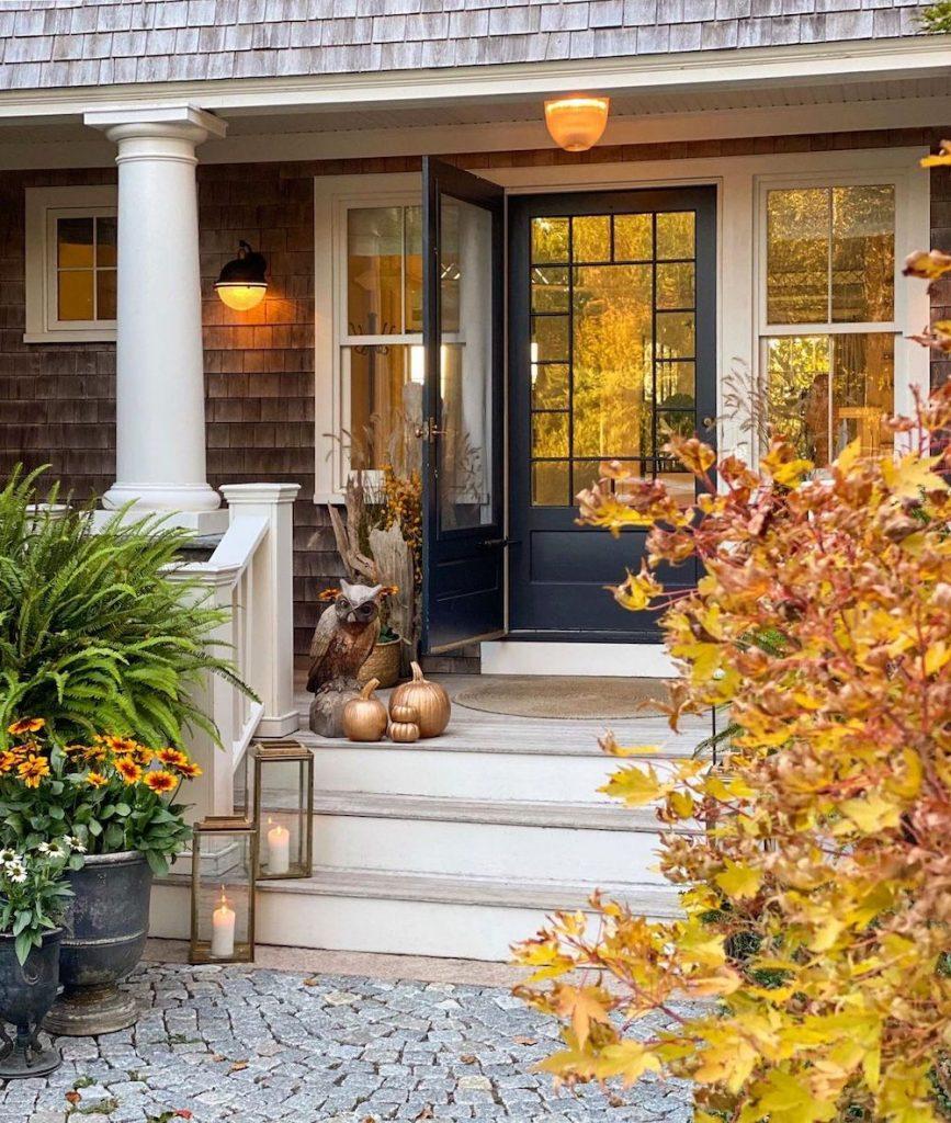 In 28 1 #Fall #Porch #FallPorch #FallDecor #HomeDecor #AutumnDecor