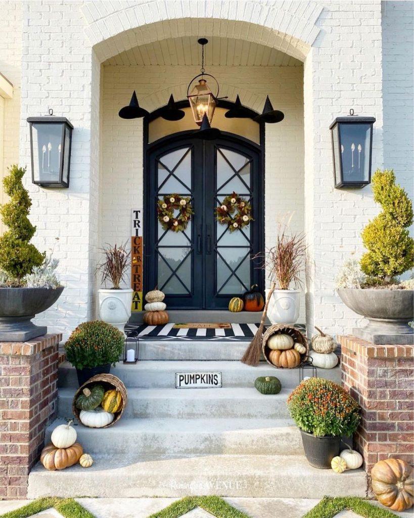 In 29 #Fall #Porch #FallPorch #FallDecor #HomeDecor #AutumnDecor