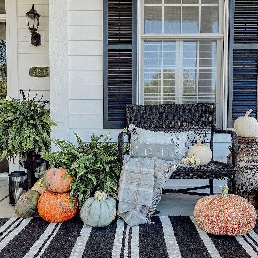 In 32 #Fall #Porch #FallPorch #FallDecor #HomeDecor #AutumnDecor