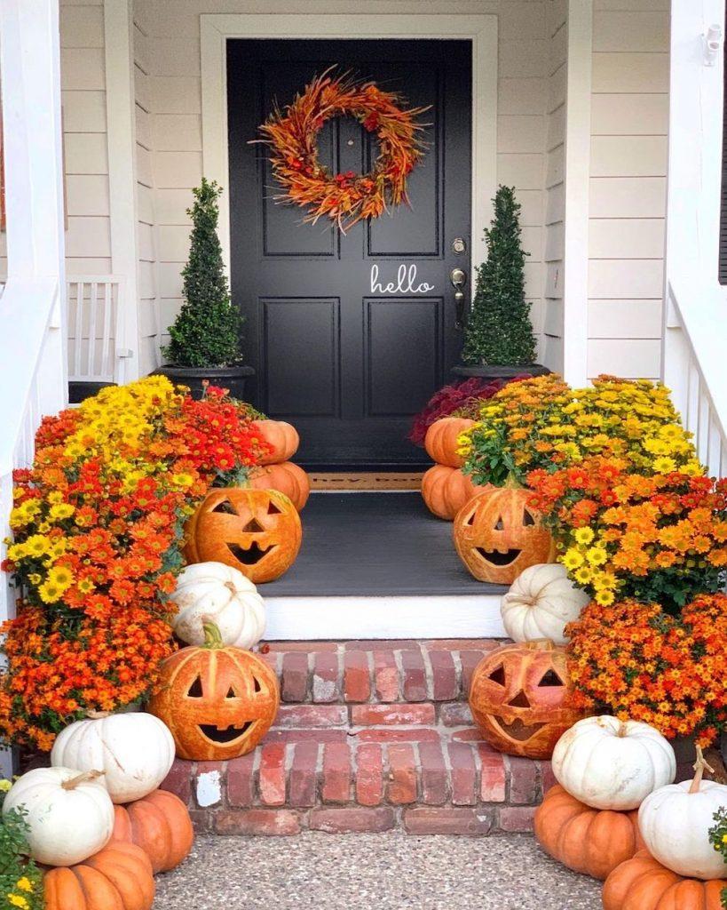 In 35 2 #Fall #Porch #FallPorch #FallDecor #HomeDecor #AutumnDecor