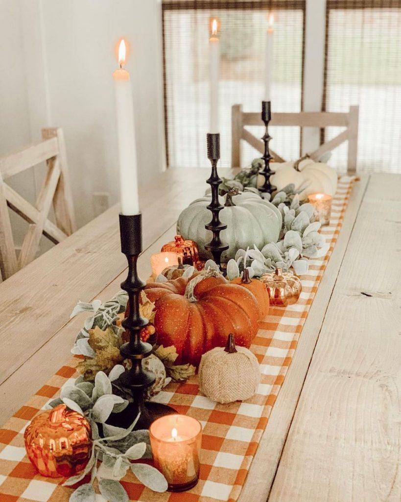 In 4 #Fall #Tablescapes #FallDecor #HomeDecor #AutumnDecor