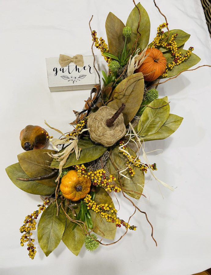 DIY Fall Centerpiece to Add Fall Beauty to Your Space